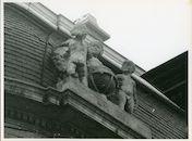 Gent: Voldersstraat 1: Gevelbeelden, 1980