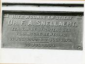 Gent: Kruideniersstraat: Gedenkplaat, 1979