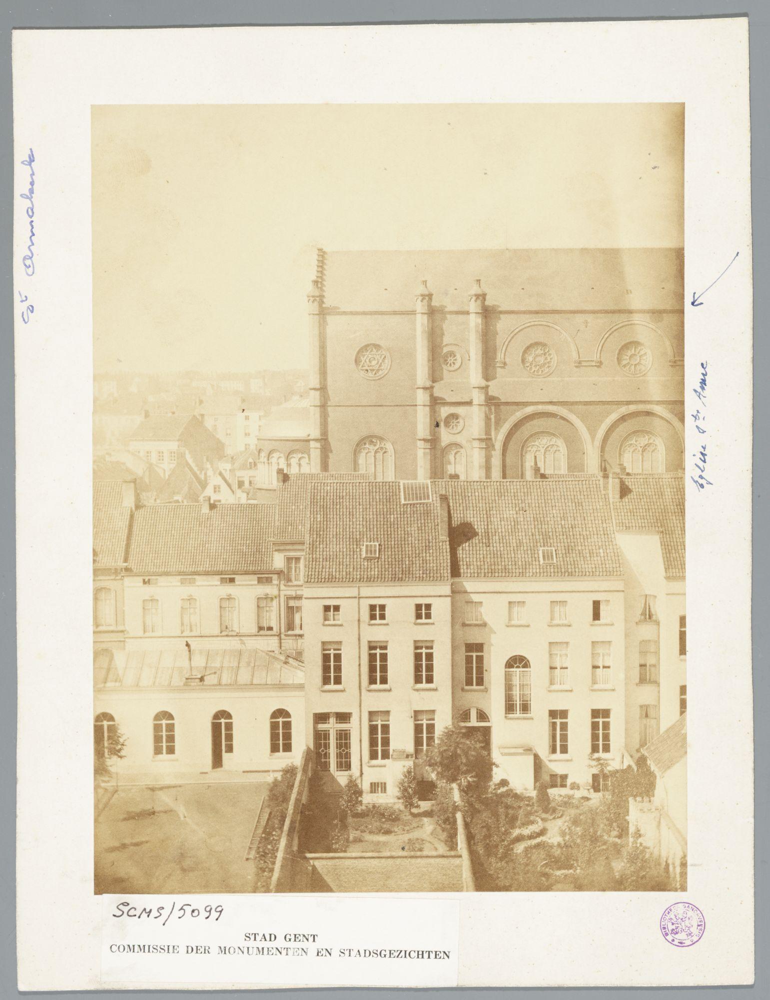 Gent: Tweebruggenstraat met gezicht op Sint-Annakerk