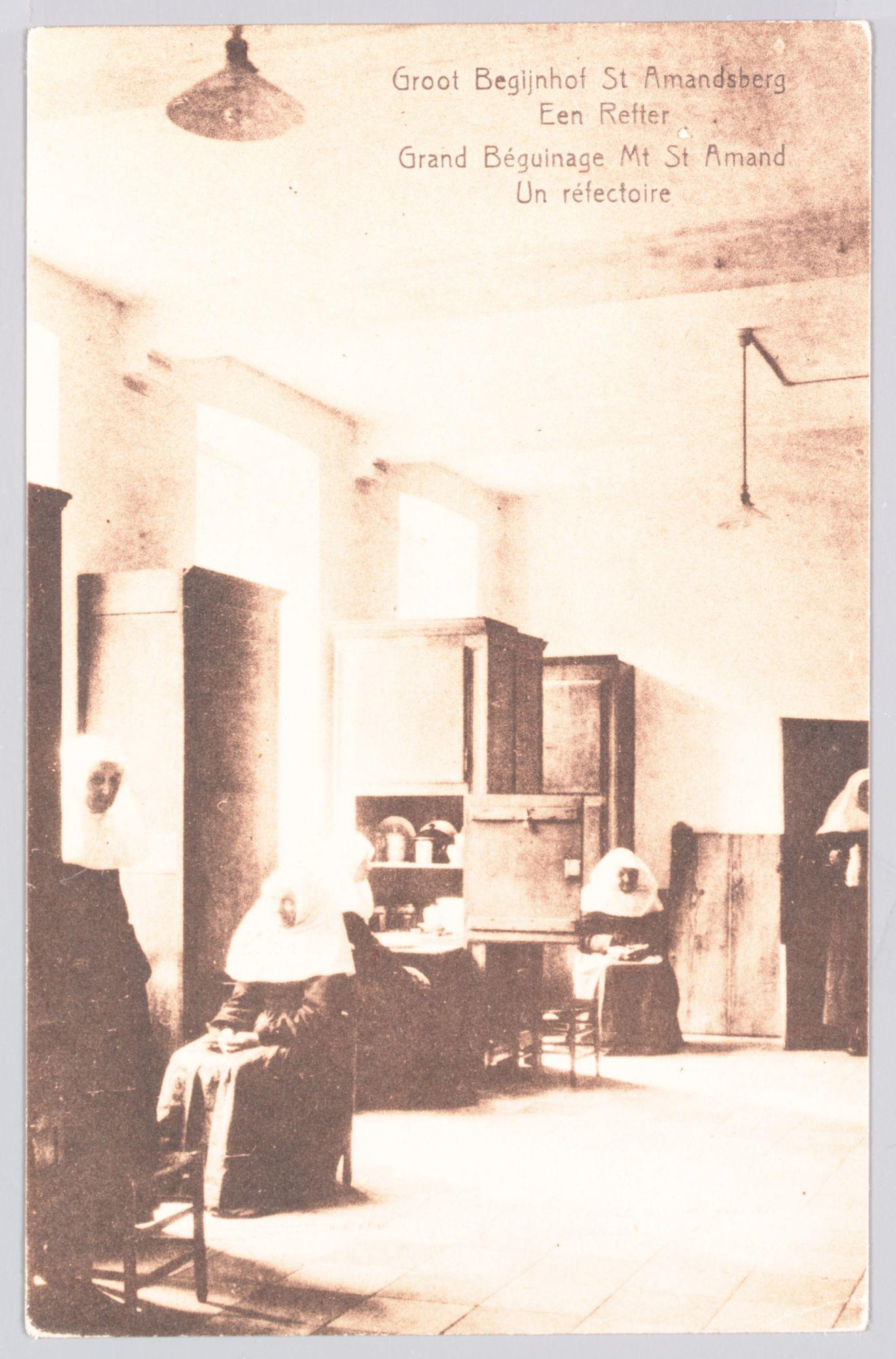 Sint-Amandsberg: Groot Begijnhof: refter (eetzaal) in een convent