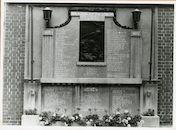 Gent: Ekkergemstraat 147: Gedenkteken: Wereldoorlog I en II,1979