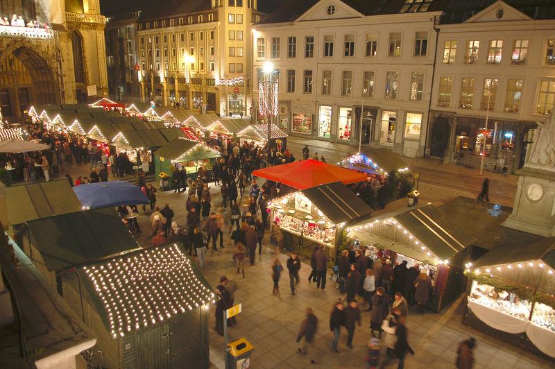 20071207_Opening_kerstmarkt_en_ijspiste.jpg