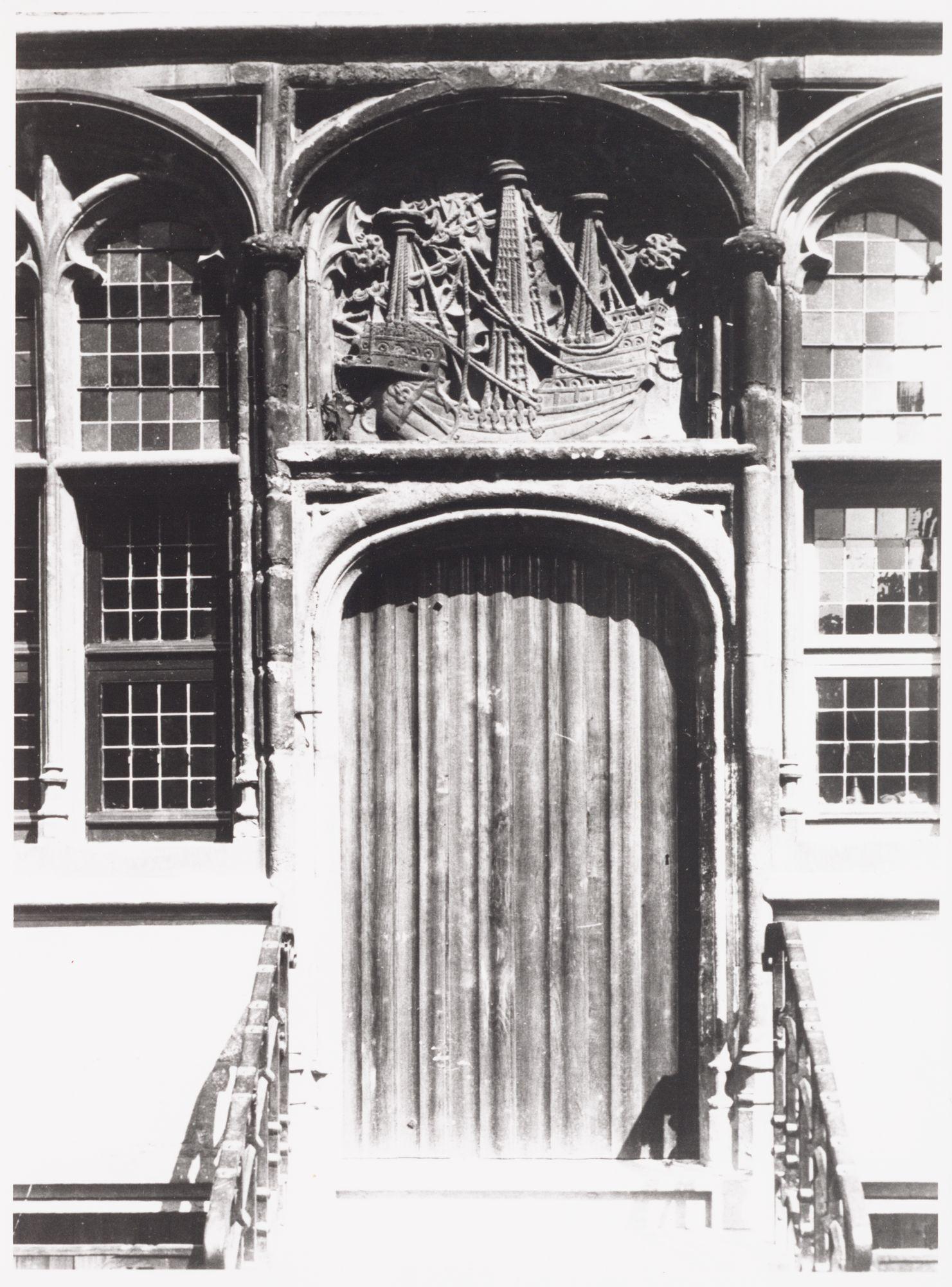 Gent: Voordeur Huis van de Vrije Schippers, Graslei