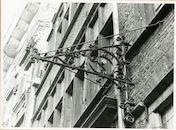 Gent: Burgstraat 16: Geveldecoratie, 1979