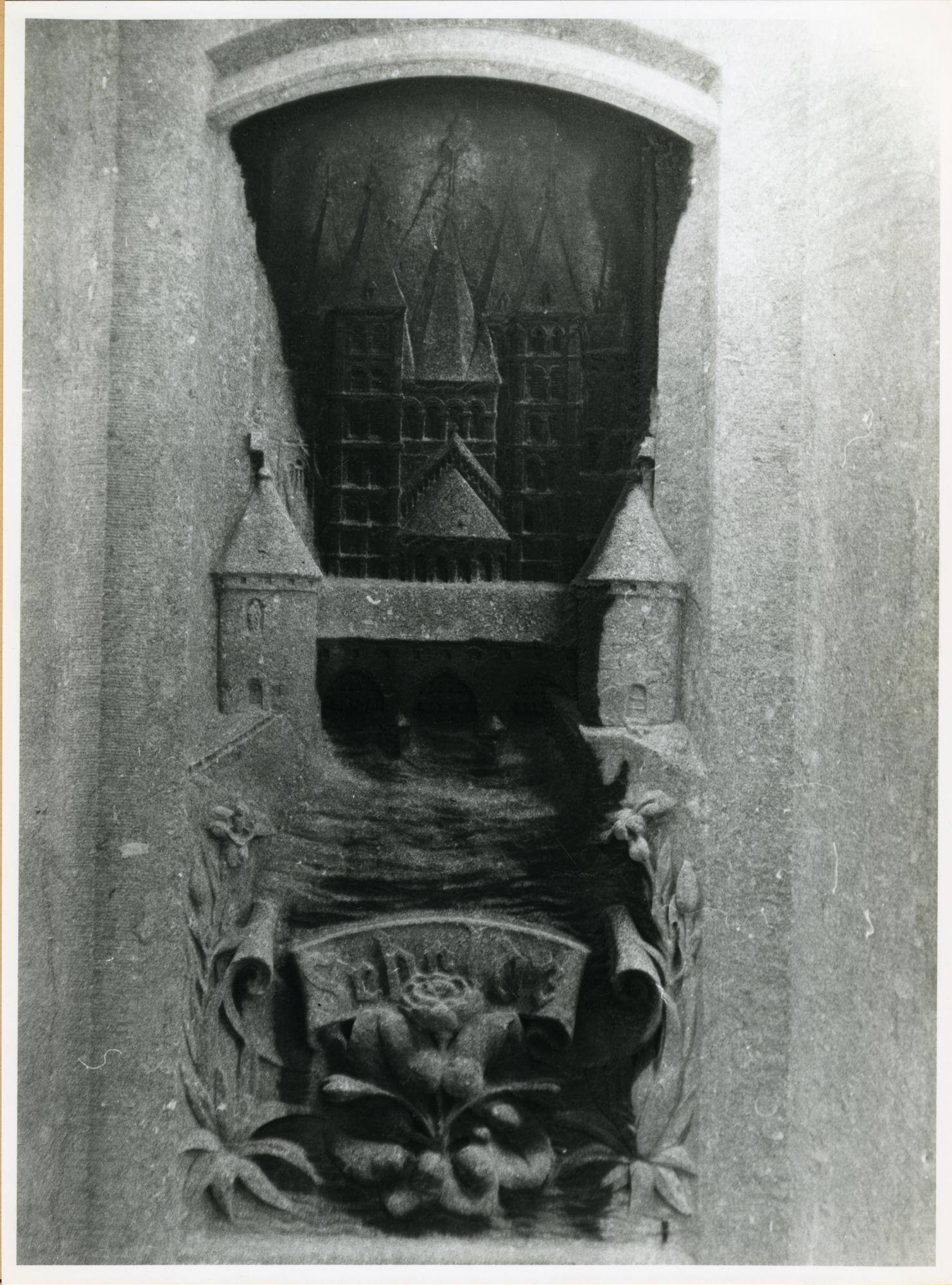 Gent: Sint Michielsbrug: Beeldhouwwerk, 1979