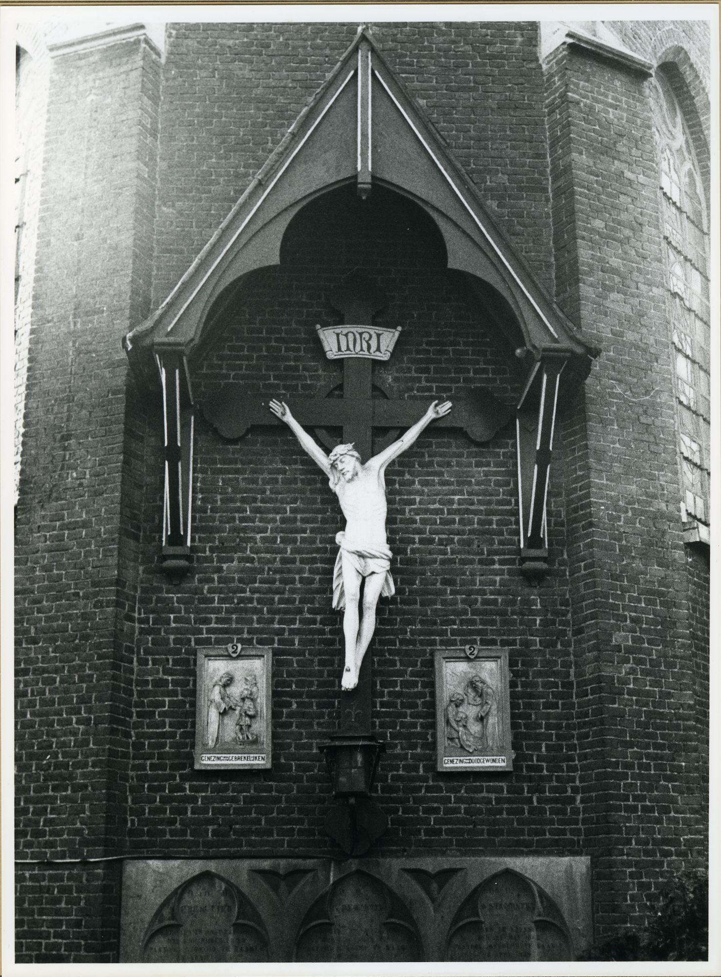 Drongen: Baarle Dorpstraat: Kruisbeeld