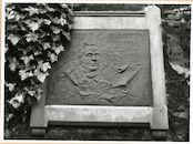Gent: Gandastraat: Sint-Baafsabdij: gedenkplaat: August Van Lokeren, 1980