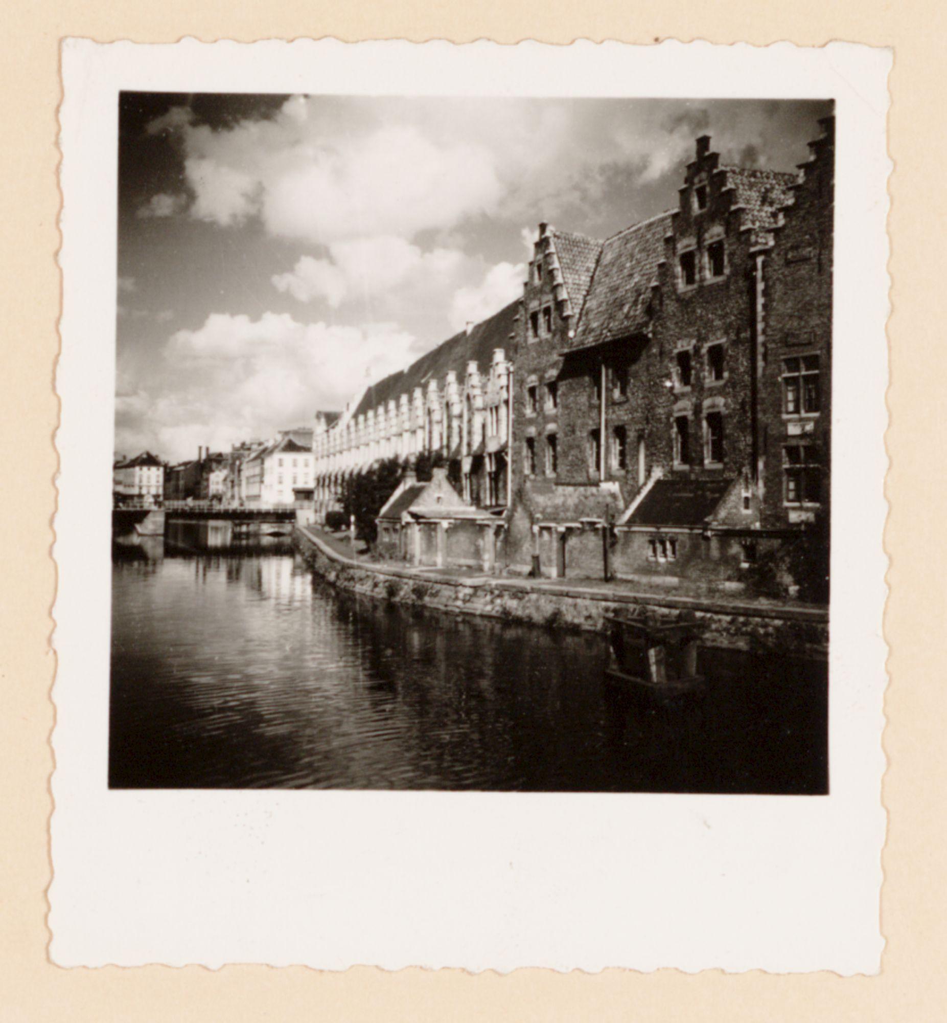 Gent: Groot Vleeshuis en Grasbrug, Graslei