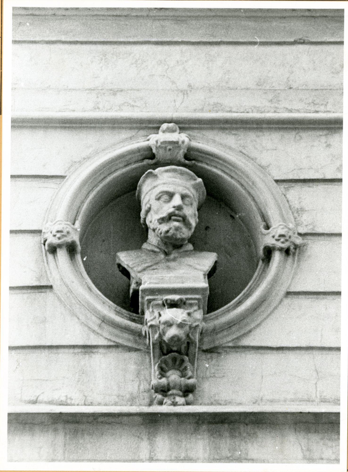 Gent: Lamstraat 8: Buste, 1979