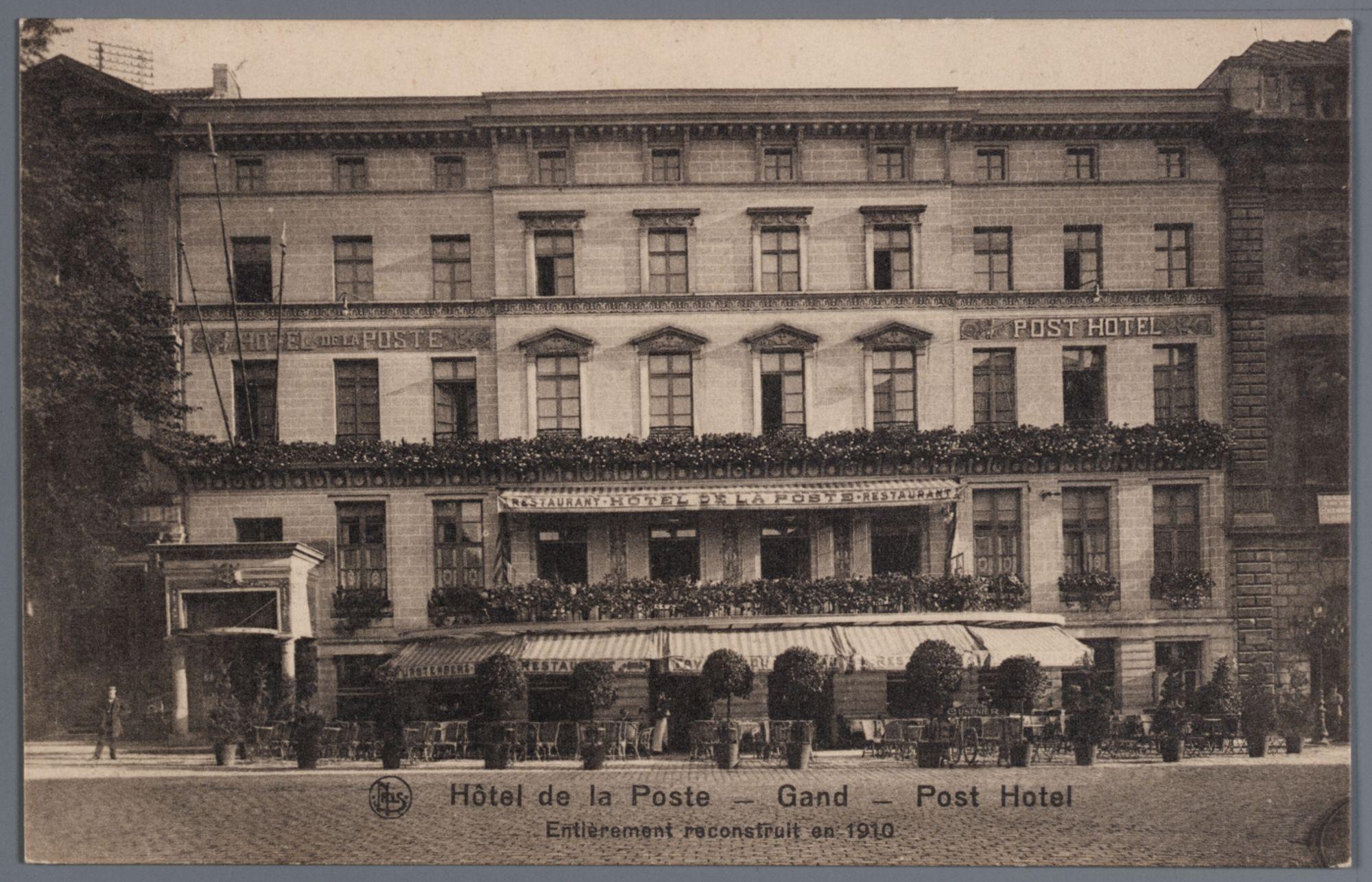 Gent: Kouter met Posthotel: terras, planten