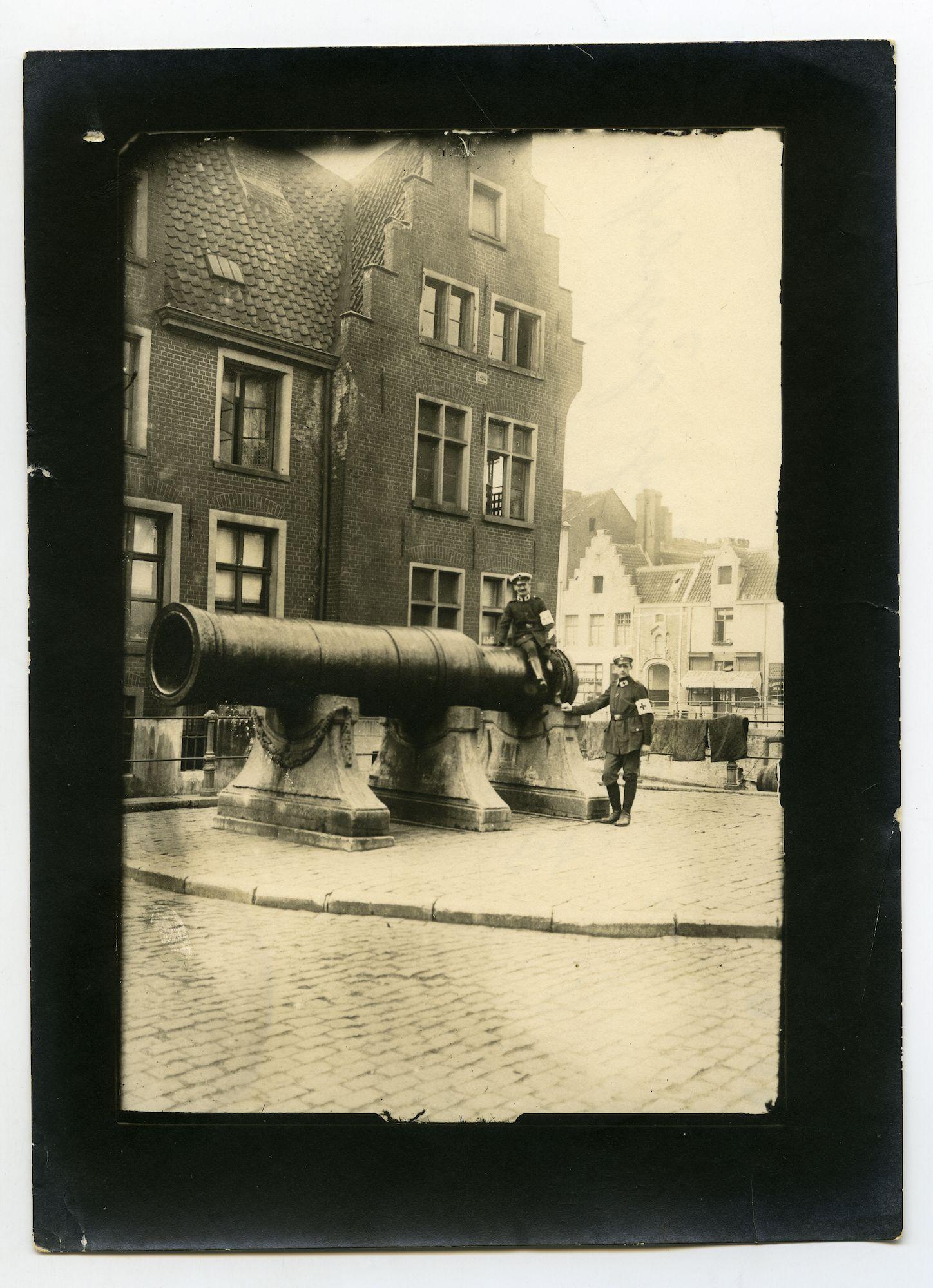 Gent: Grootkanonplein: kanon Dulle Griet, 1915-1916