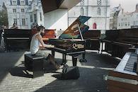 Pianoman-1.jpg