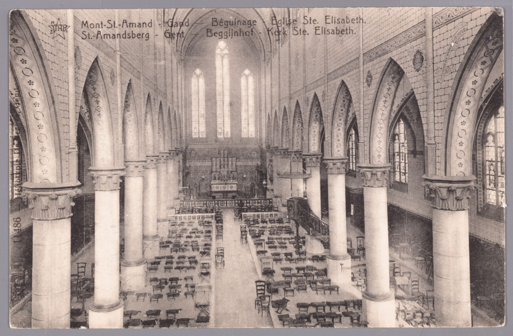 Sint-Amandsberg: Groot Begijnhof: binnenzicht Sint-Elisabethkerk
