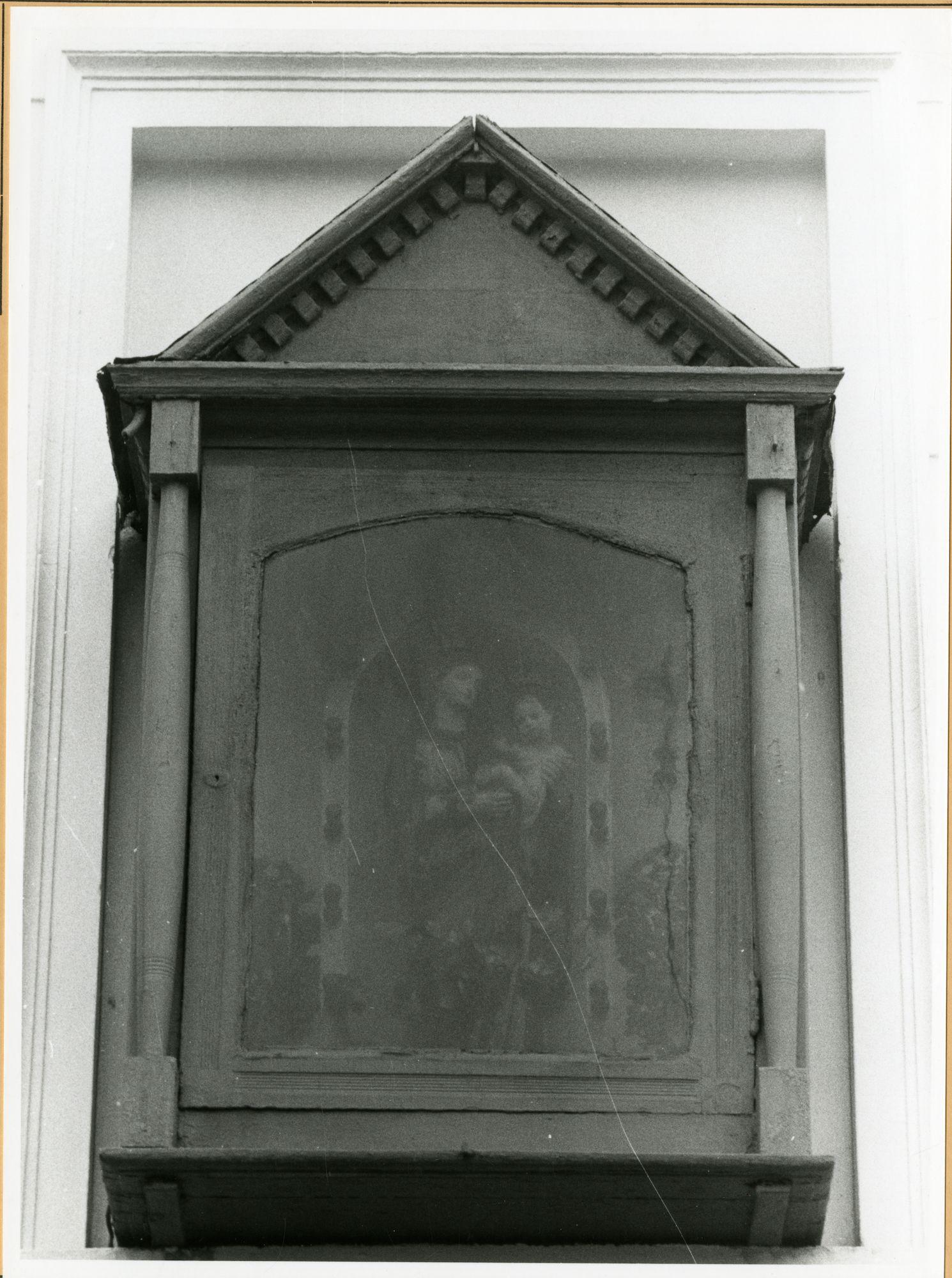 Gent: Godshuishanneke: gevelkapel: Onze-Lieve-Vrouw,1979