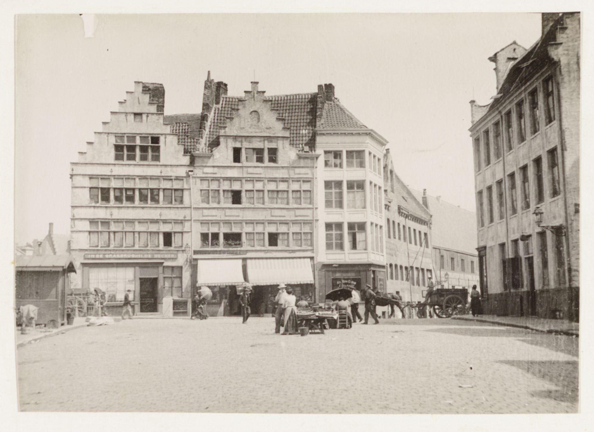 Gent: Huizen aan de Grasbrug vóór de restauratie, Graslei
