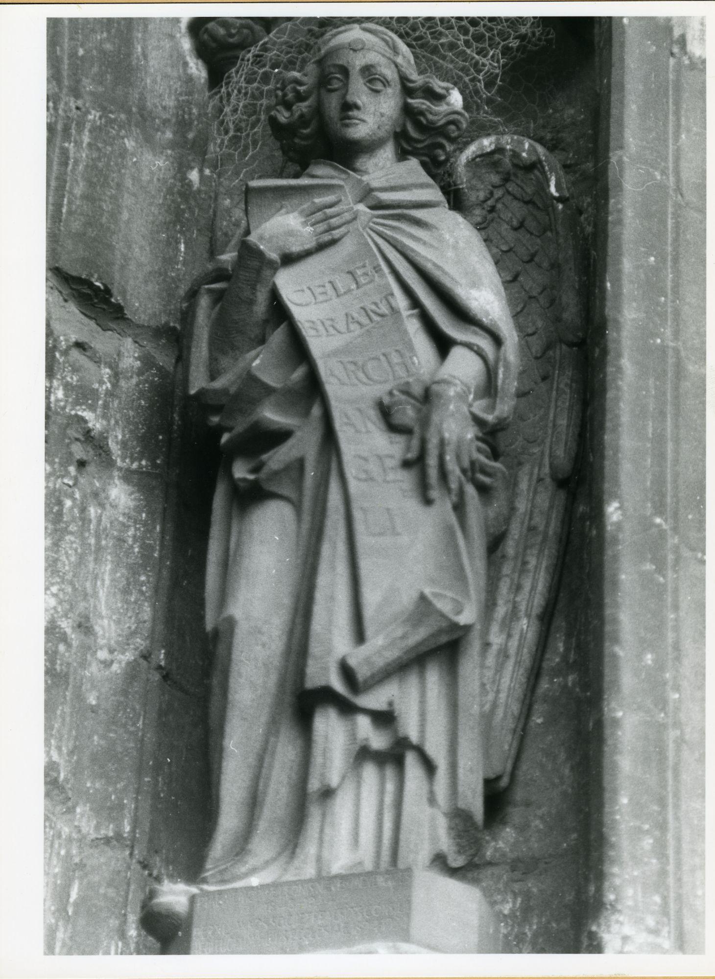 Gent: Sint Michielsplein 4: Beeld
