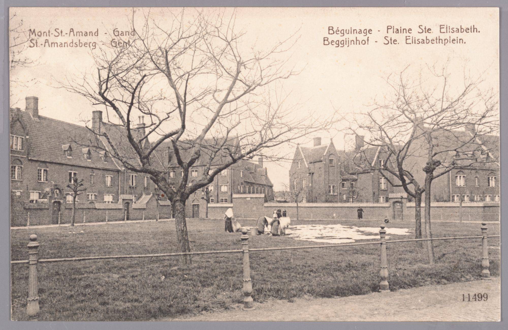 Sint-Amandsberg: Groot Begijnhof: begijnen bleken het linnen op het binnenplein