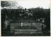 Gent: Paul de Smet de Naeyerplein: Standbeeld, 1979