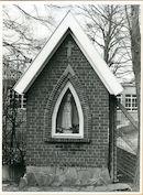 Gent: Peerstraat 254: Kapel en beeld, 1979