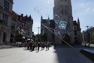 2019-05-14 Stad Gent_St Baafsplein Belfort Zeepbellen_IMG_9835.JPG