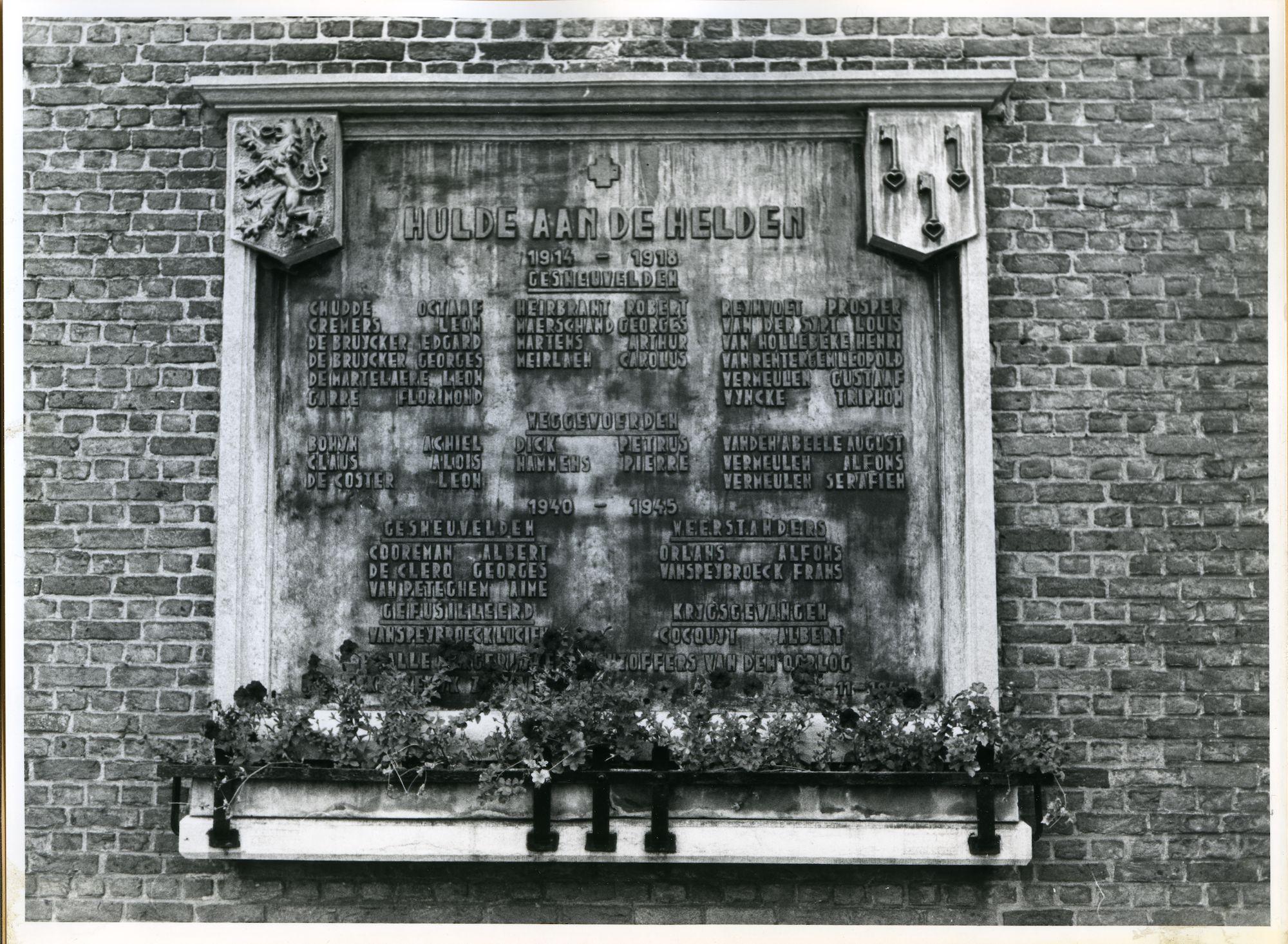 Zwijnaarde: Dorpstraat: Gedenksteen, 1979