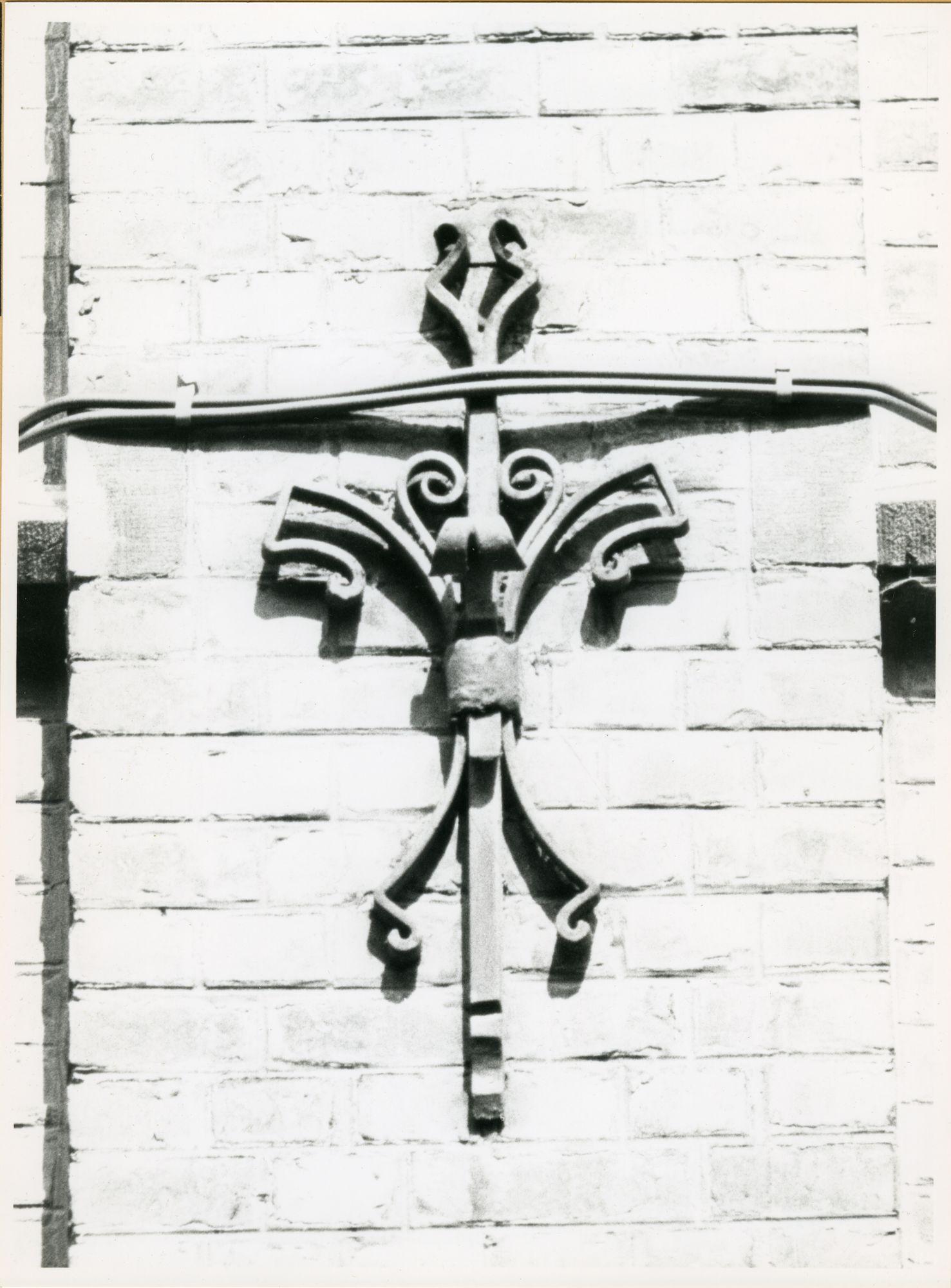 Gent: Smidsestraat 66: Gevelanker, 1979