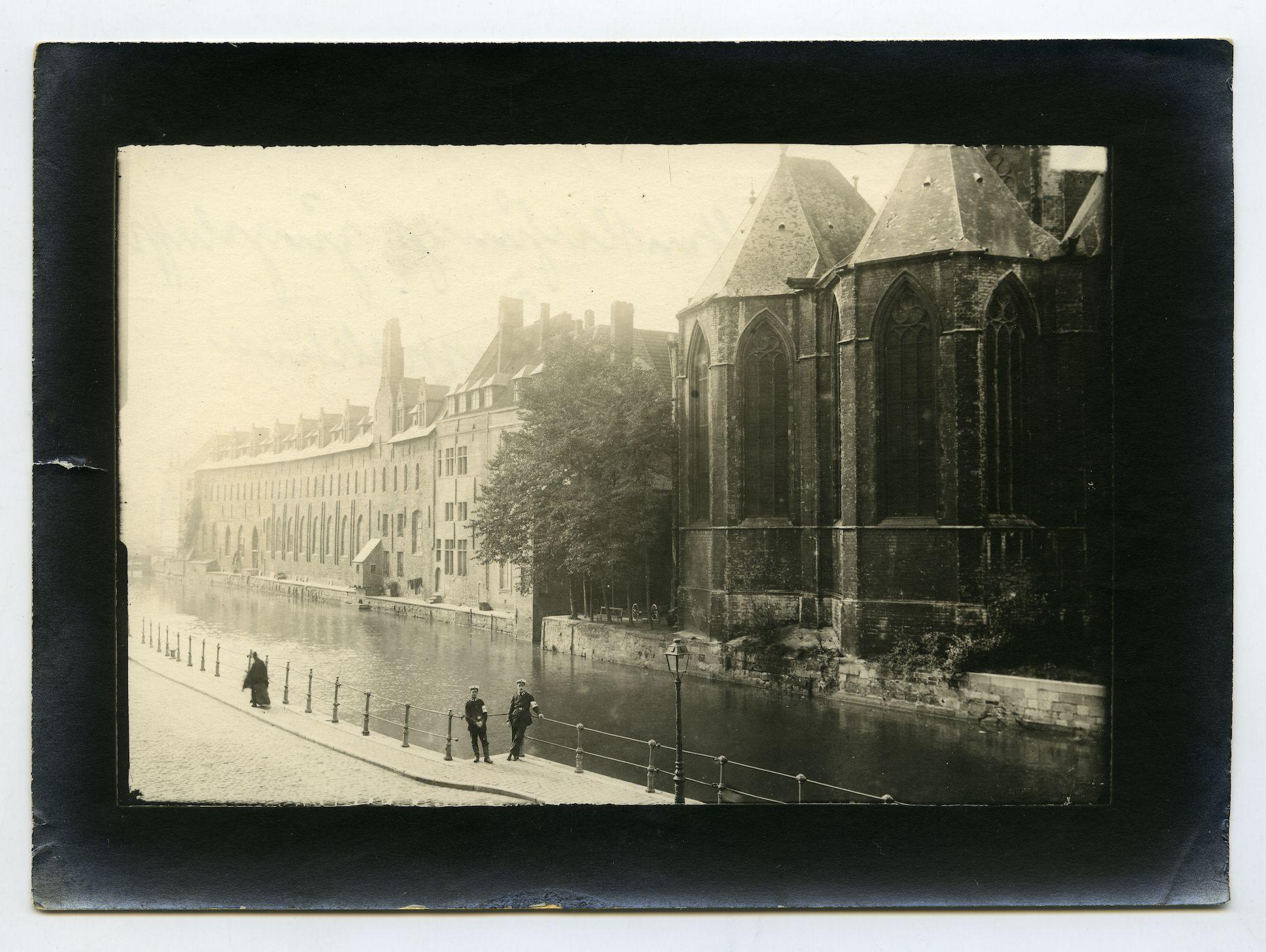 Gent: Predikherenlei: Sint-Michielskerk en het Pand, 1915-1916