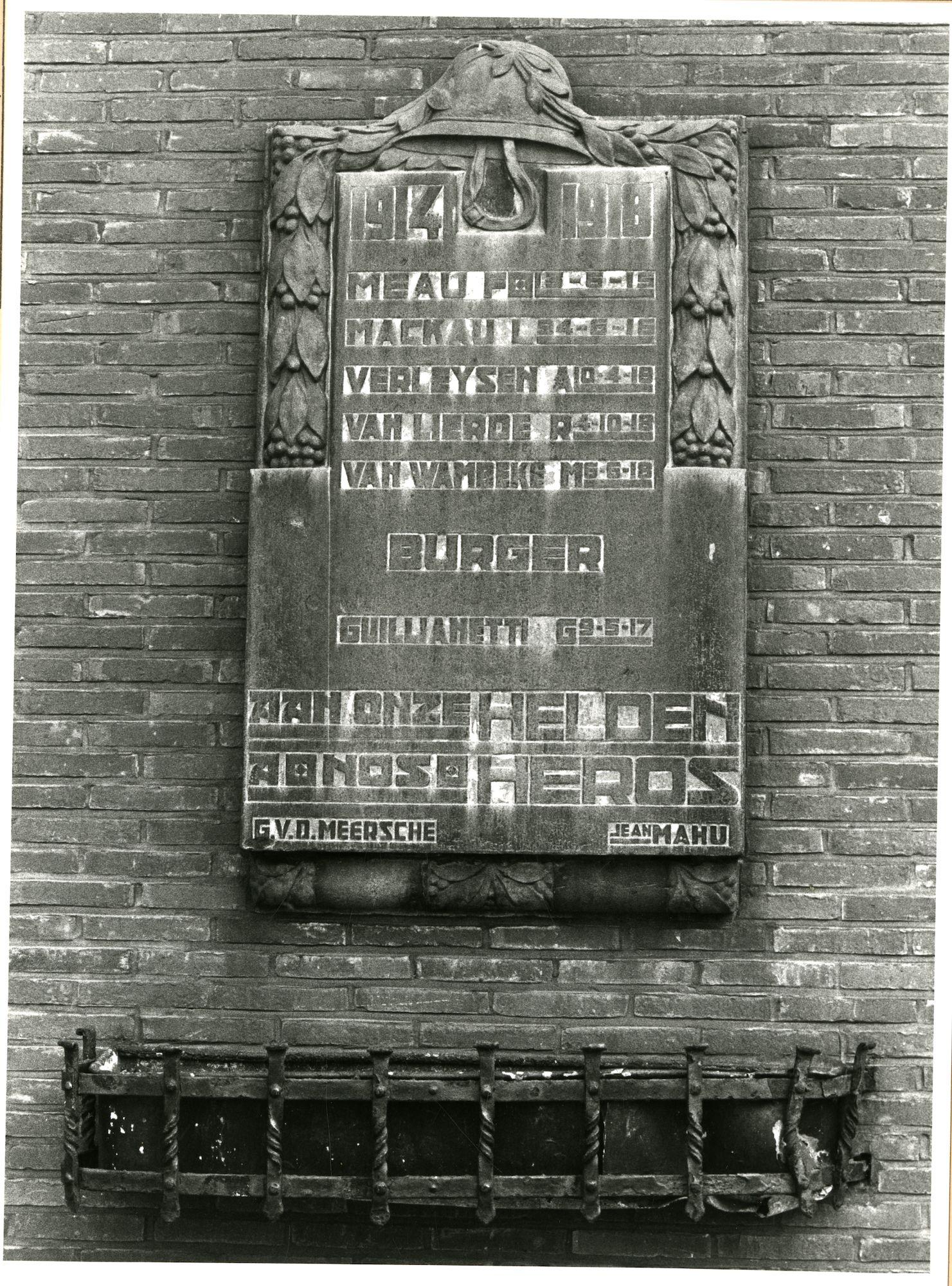 Gent: Raapstraat: Gedenksteen, 1980